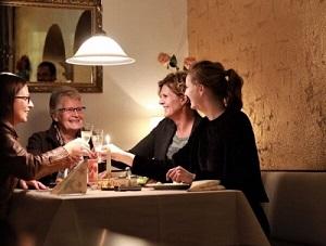 bild-gaeste-restaurant-nikos-neu